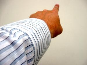 finger poitning
